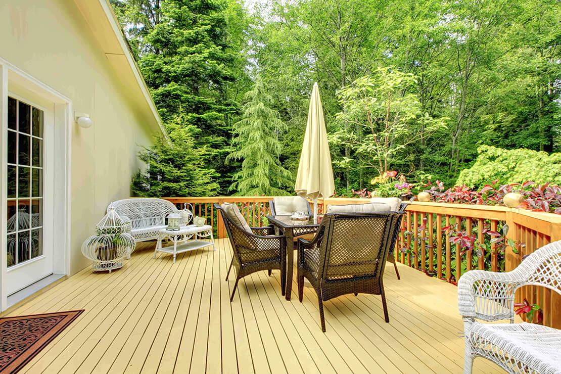 decking sit area
